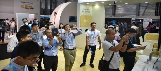 智能憧憬变现实,萤石多款新品闪耀2017 CES ASIA